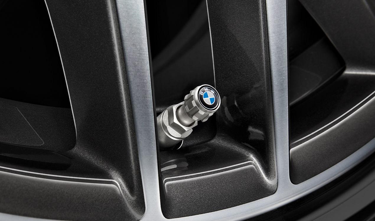 ORIGINAL BMW Ventilkappen Schutzkappen Satz BMW Emblem Aluminium 36122447401