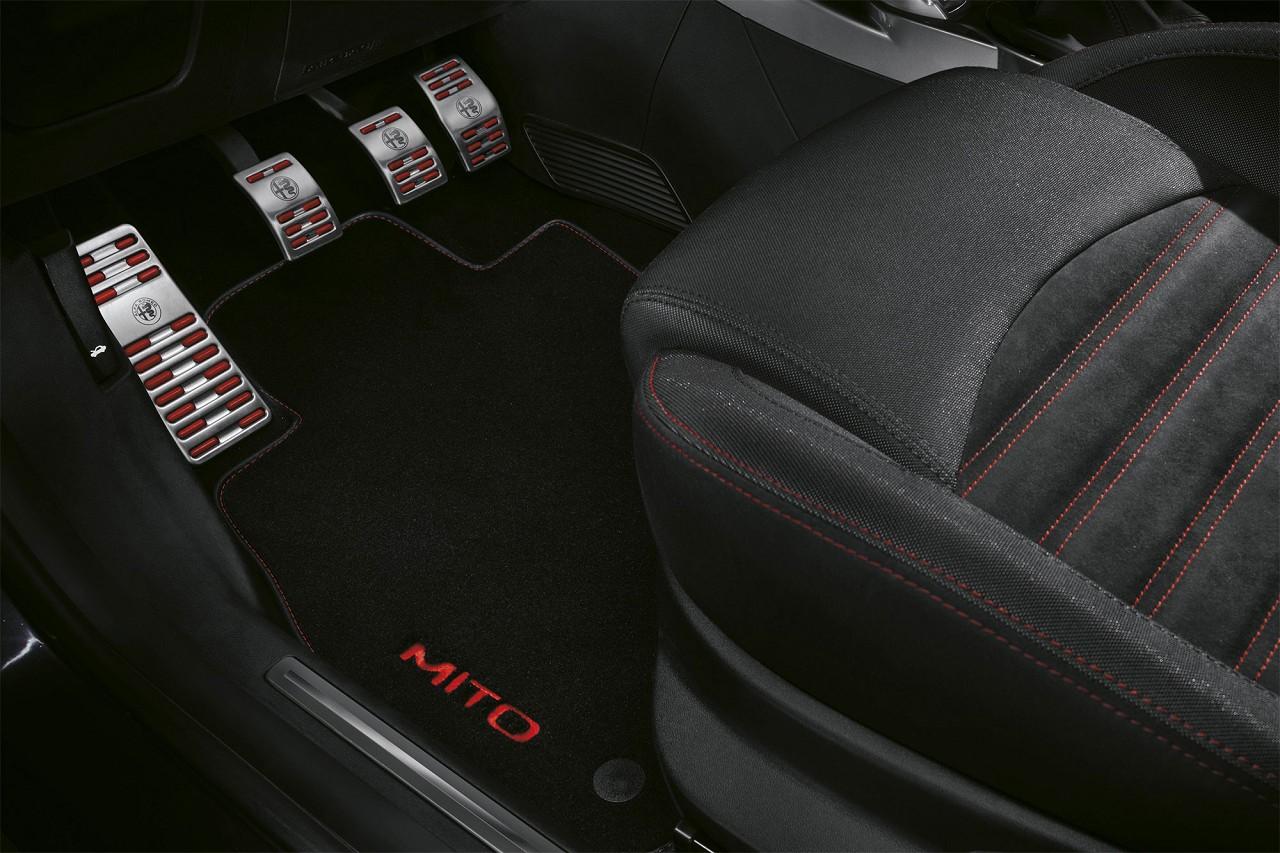 ORIGINAL Alfa Romeo Pedalbelagsatz Sportpedale MITO (955_) 50547309