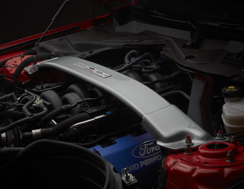 ORIGINAL Ford PERFORMANCE Domstrebensatz 2215900 für MUSTANG 03.2015-02.2018
