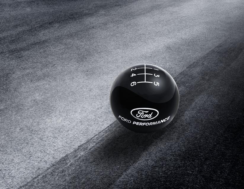 ORIGINAL Ford USA PERFORMANCE Schaltknauf SCHWARZ / WEIß 6-Gang MUSTANG 2215886